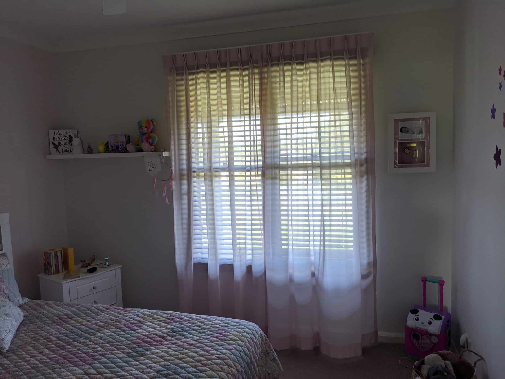 Pinch Pleat - Curtains Newcastle - Somerset Curtains & Blinds Newcastle